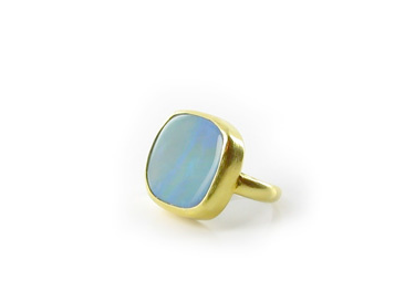 Pippa Small's Opal ring in 22K gold