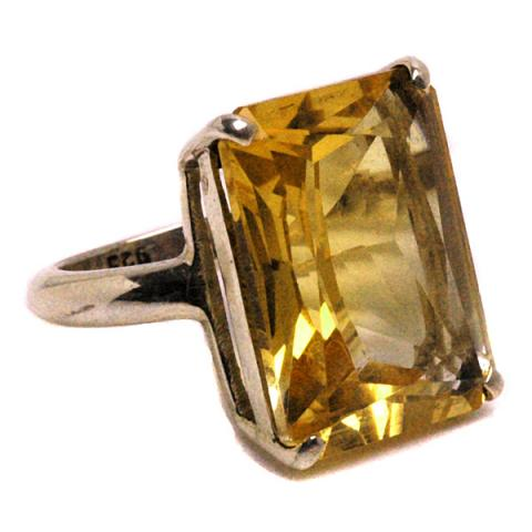Pebble Silver emerald cut ring