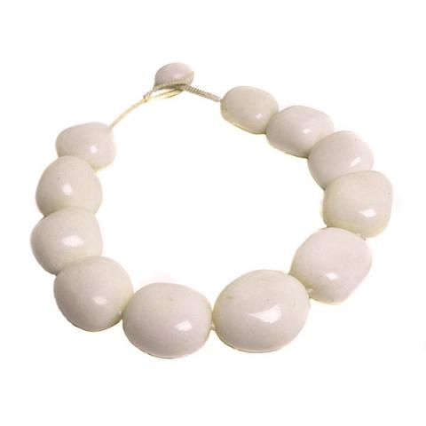Pebble White agate necklace