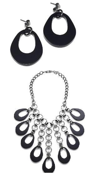 Delaila Dita Necklace and Earring Set