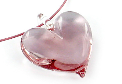 Yummi Glass Happy heart pendant in raspberry pink glass